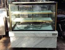 thanh lý tủ trưng bày bánh kem