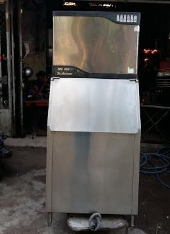 Thanh lý máy làm đá scotman MV456