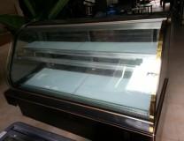 Thanh lý tủ kính trưng bày bánh kem 1.5m